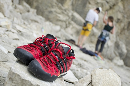 How to Choose Approach Shoes - Durability, Weather-Resistance, Support